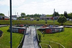 Snow Queen Leisure World: Bumper Boats Pool