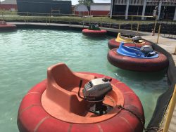 Snow Queen Leisure World - Bumper Boats